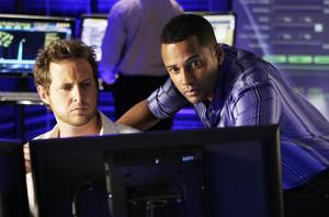 AJ Buckley (links) in CSI: NY